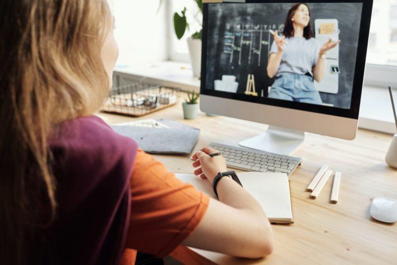 Tributação na venda de cursos Online